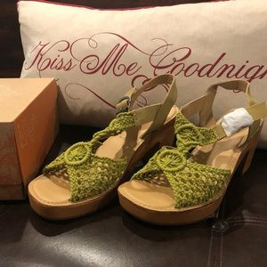 Sundance leather and crochet sandals by Latino